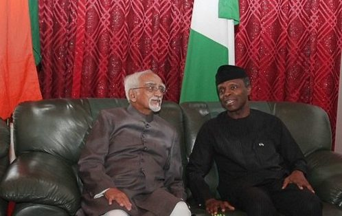 Mohammad Hamid Ansari Visits Nigeria With His Wife