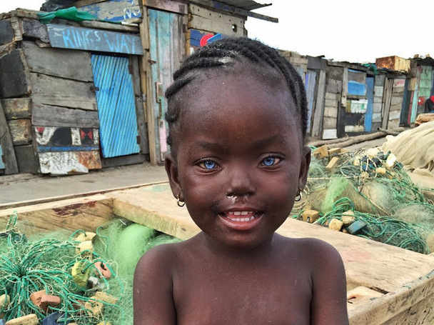THIS BEAUTIFUL BLUE EYED CHILD WAS SPOTTED IN GHANA (PHOTO)