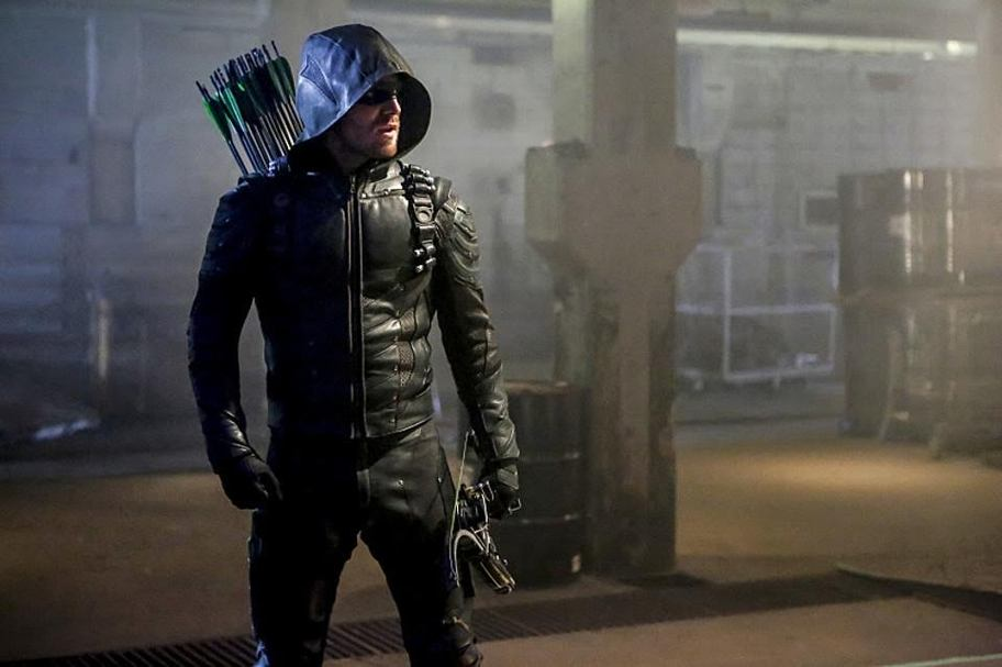 Arrow Season 5 Episode 1 – Legacy (S05E01)